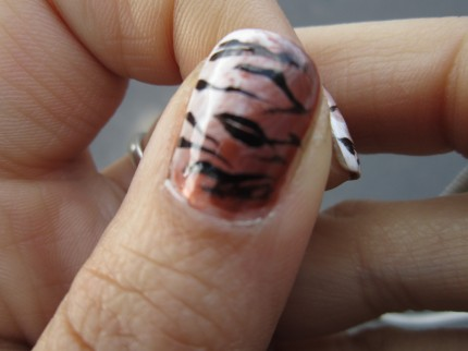 tiger stripes manicure detail