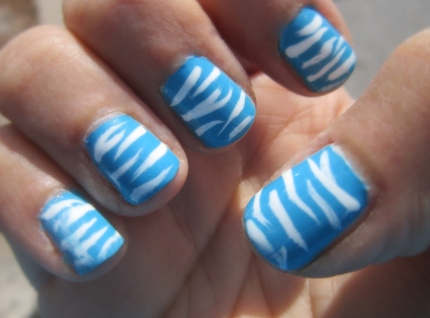 Blue Zebra Stripe Mani