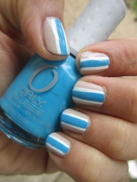 Blue Stripes Nail Art