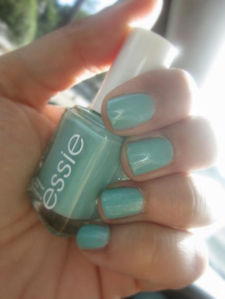Essie Turquoise and Caicos Mani