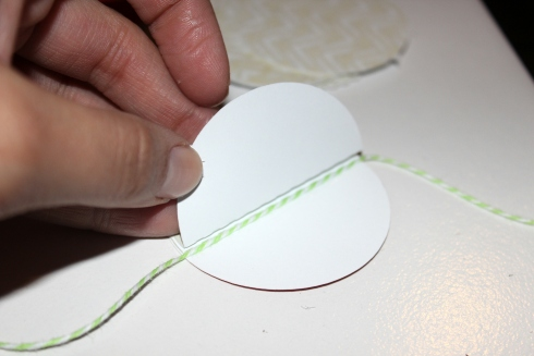 How to assemble paper circles