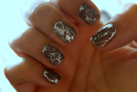 Plastic Wrap Mani - Marbled Nail Effect