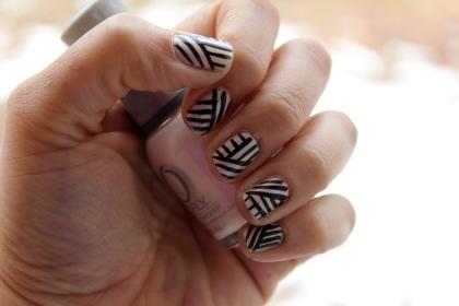 Diagonal Lines Mani