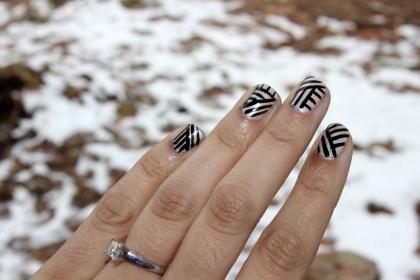 Black Lines Nail Art