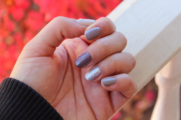 Ombre Nails with Sparkle Accent