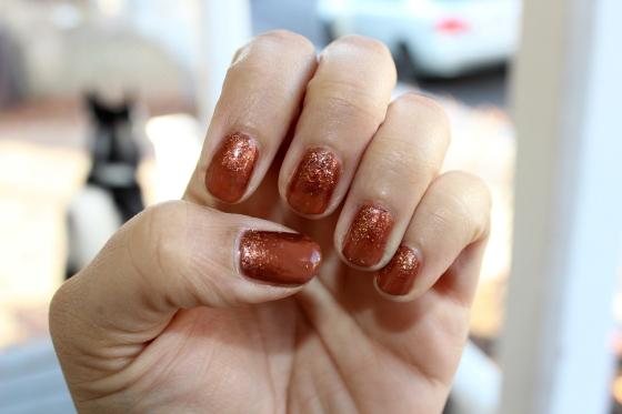 Golden Glitter Mani