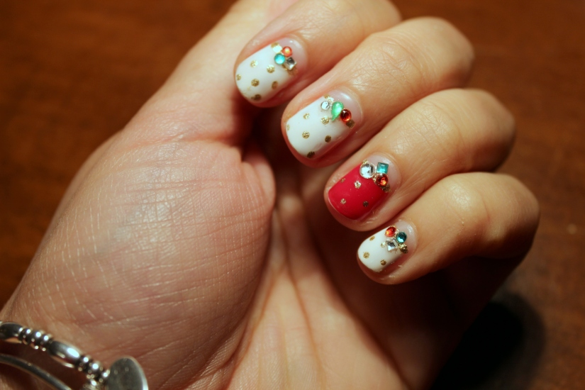 Red White Green Gold Mani
