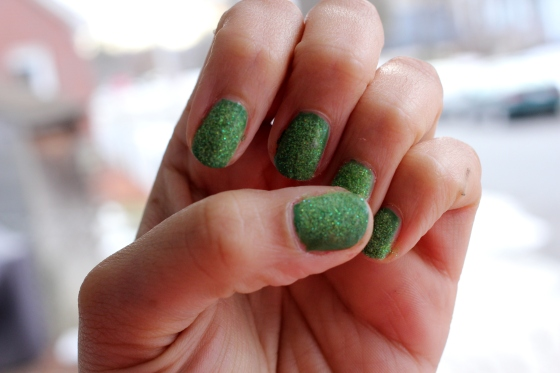 Green Velvet Holiday Nails