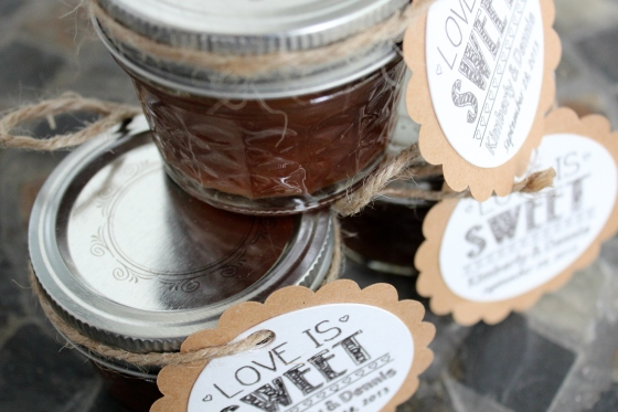 Apple Butter with DIY Tags