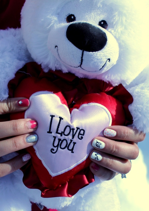 Valentine's Teddy Bear & Nail Art