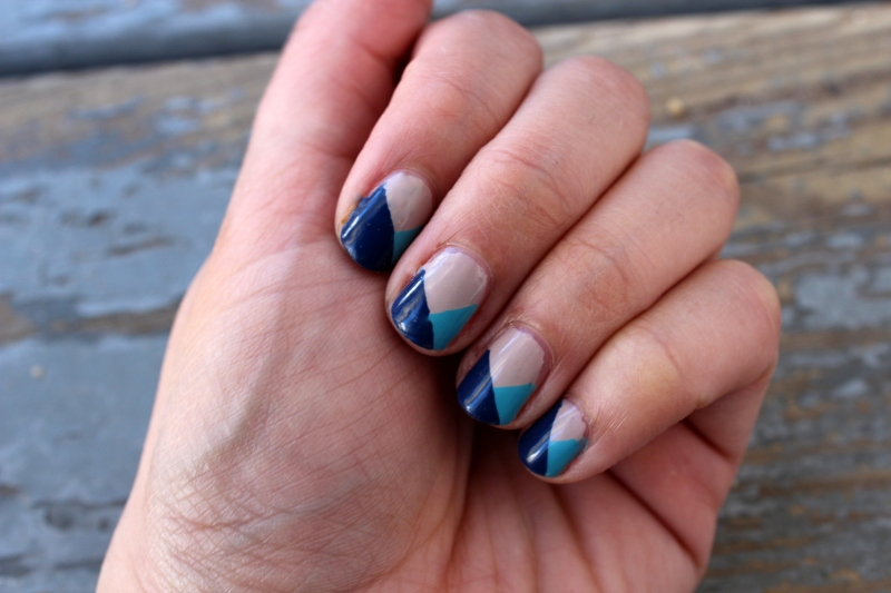 Blue Geometric Nails