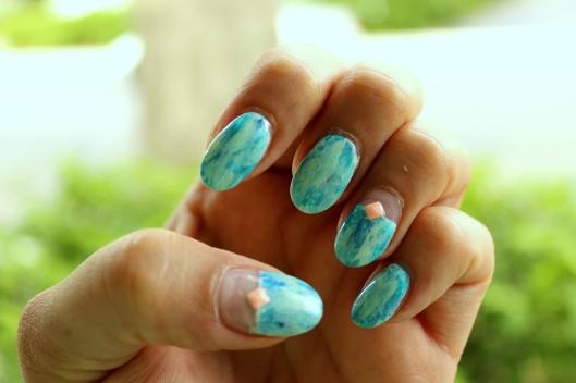 Drybrush nail art
