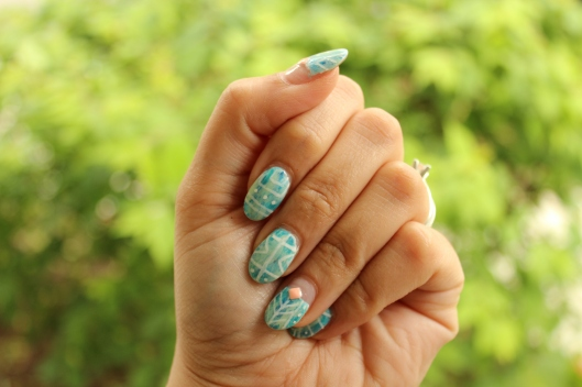 Drybrush Nails with Tribal Print