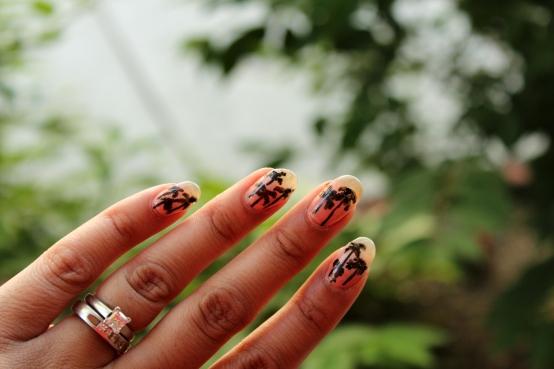 Palm Tree Gradient Nails