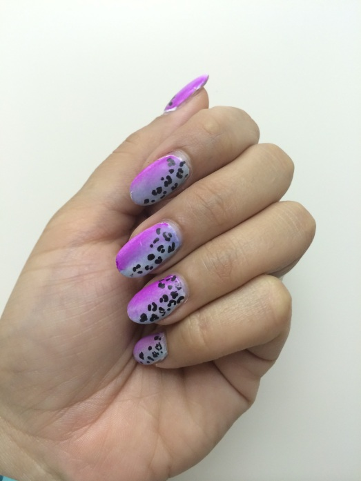 Leopard Print Gradient Nails